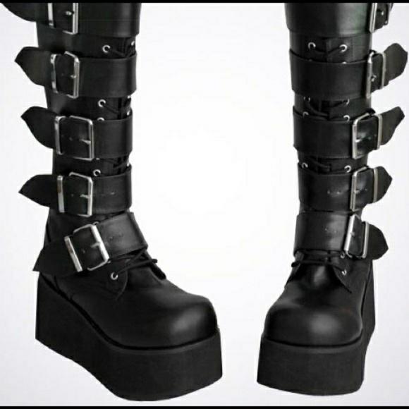 ea75eb456d95 Hot Topic Shoes - Demonia Trashville 518 Platform Buckle Boots Goth